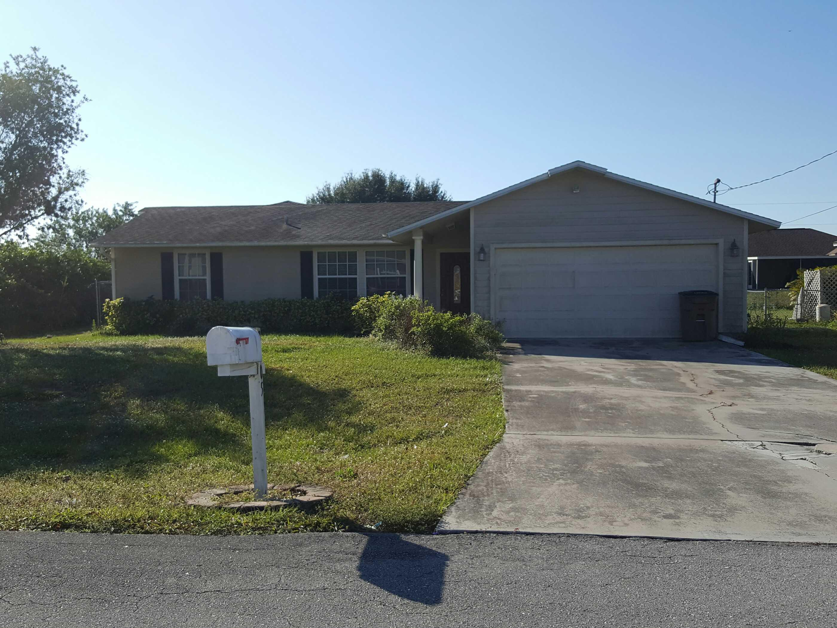 3105 13th St W, Lehigh Acres, FL 33971