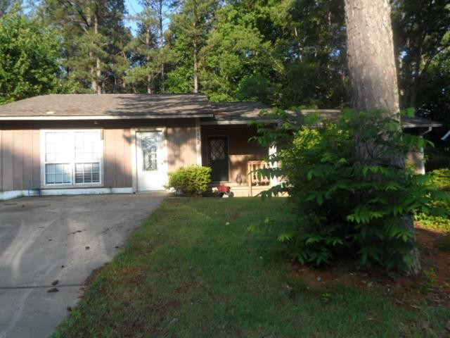 Snellville foreclosures – 2423 Northbrook Rd, Snellville, GA 30039