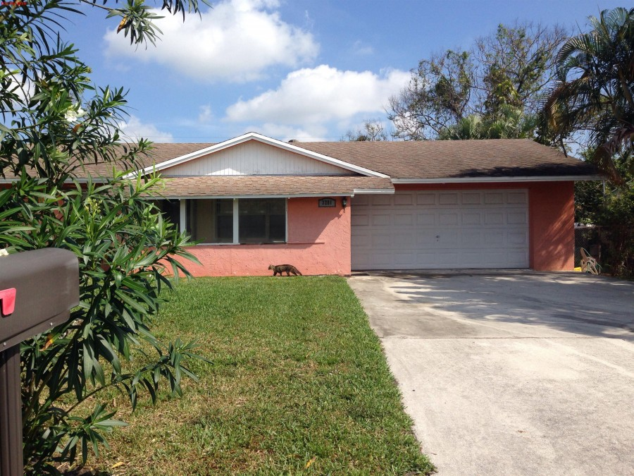 3281 Hurricane Dr, Lake Worth, FL 33462