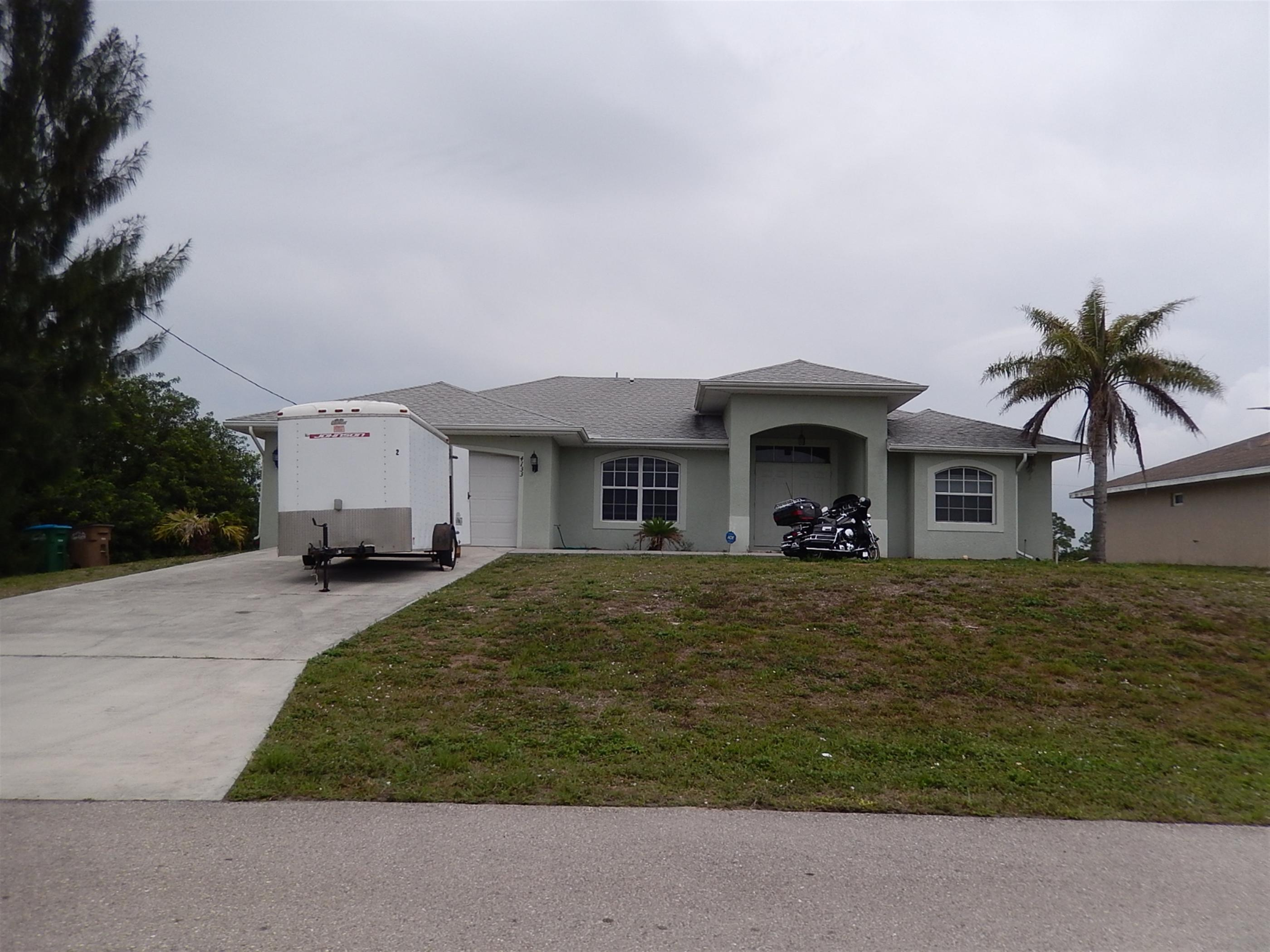 4133 Ne 15th Pl, Cape Coral, FL 33909