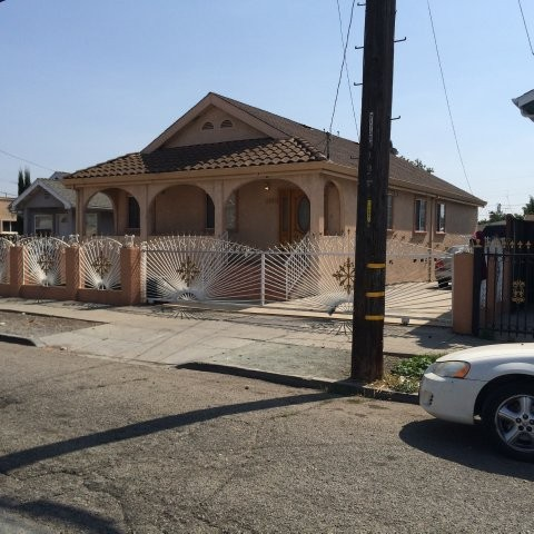 Alameda County foreclosures – 1226 92nd Ave, Oakland, CA 94603