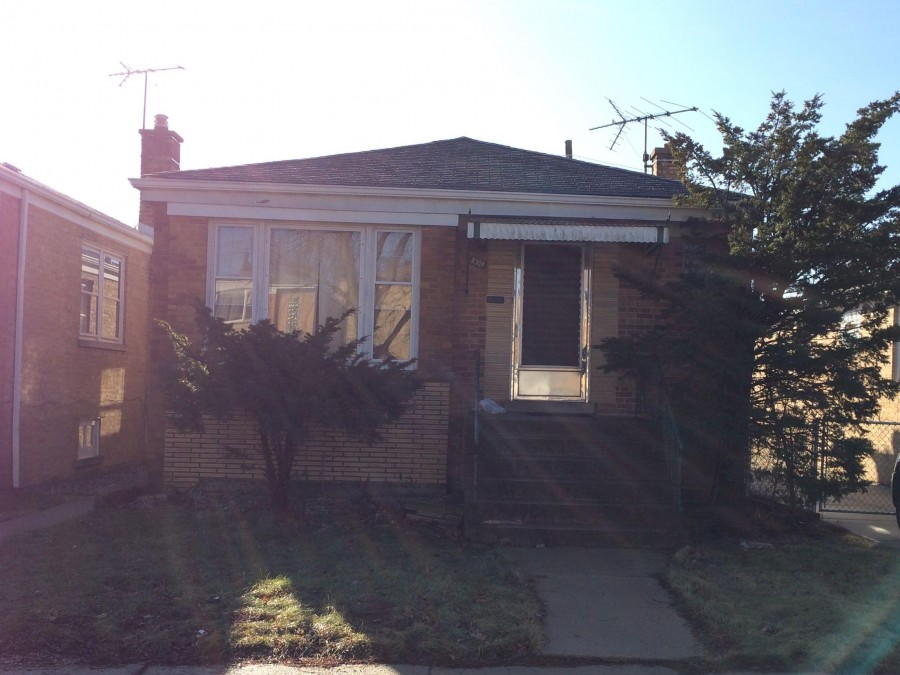 Chicago foreclosures – 8309 W Addison St, Chicago, IL 60634
