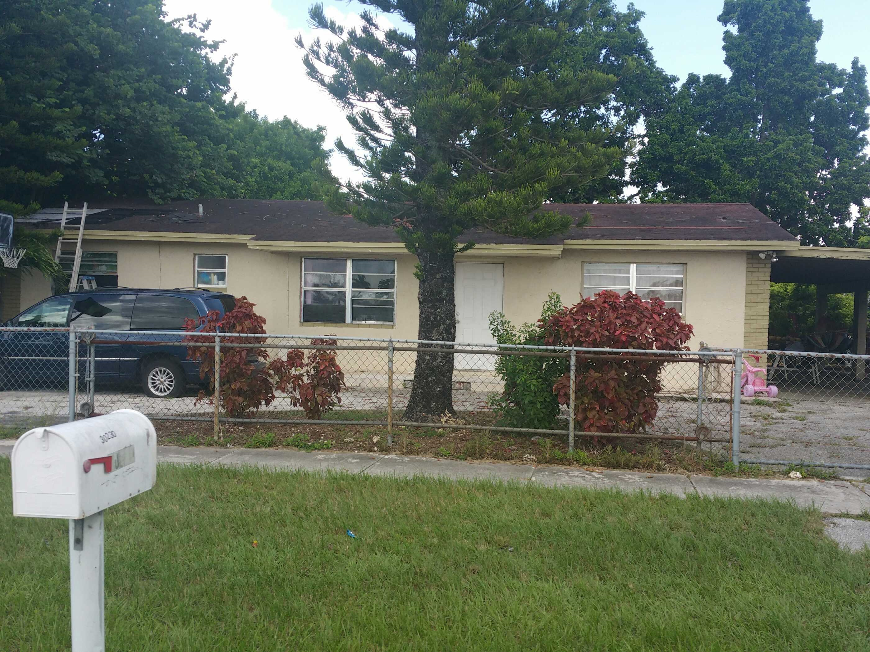 33033 foreclosures – 30230 SW 157th Ave, Homestead, FL 33033