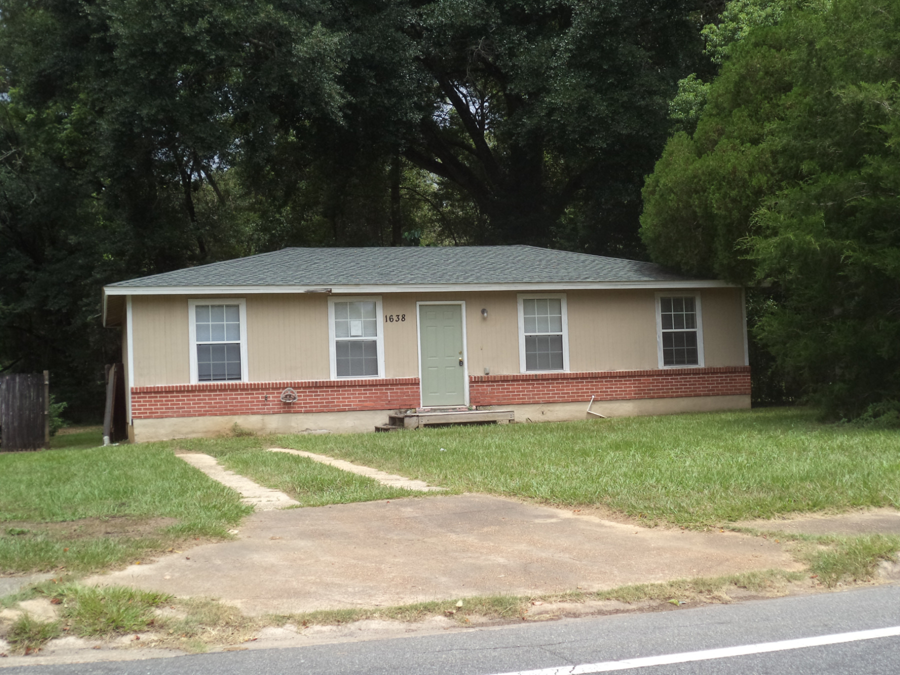 32310 foreclosures – 1638 Levy Ave, Tallahassee, FL 32310
