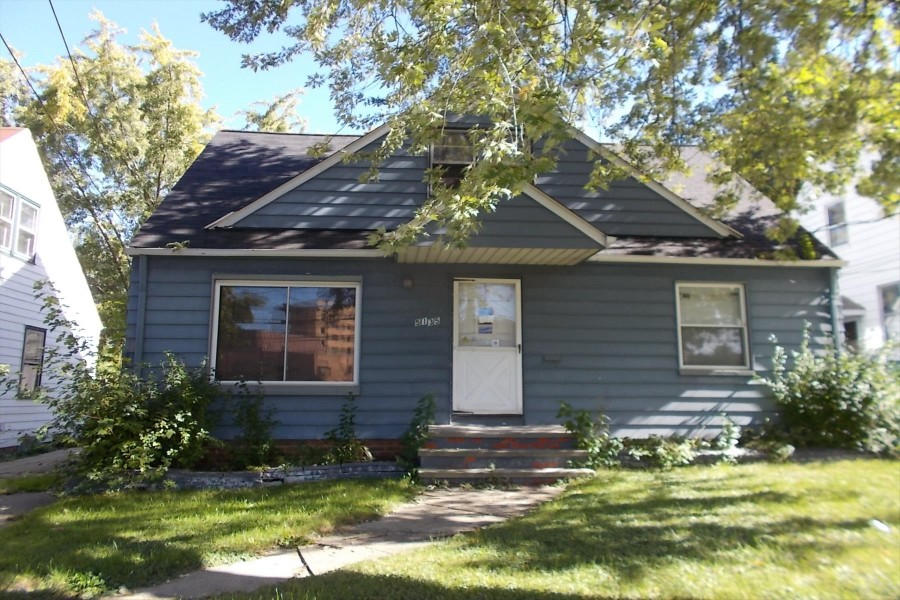 5135 E 126th St, Garfield Heights, OH 44125