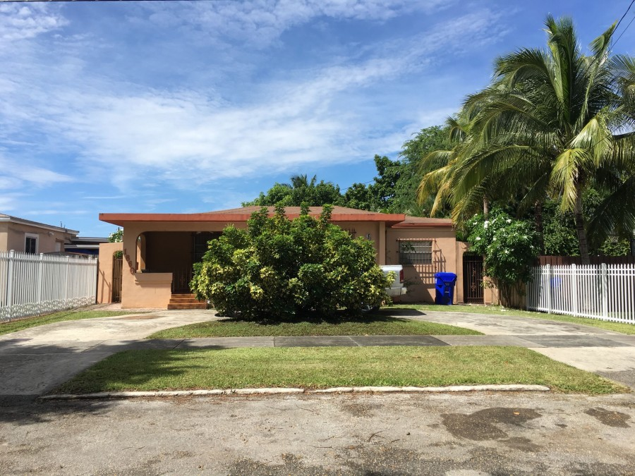 1860 NW 33rd Ave, Miami, FL 33125