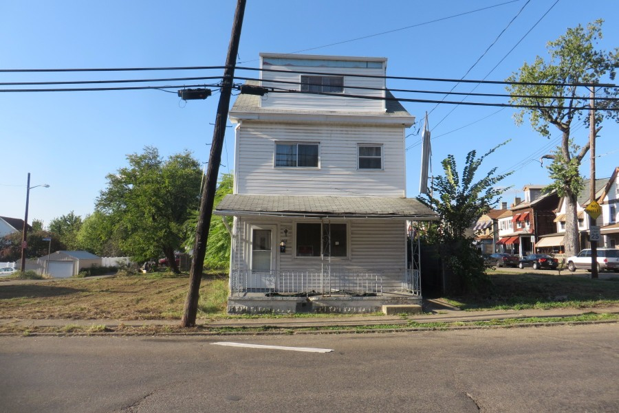402 Tabor St, Pittsburgh, PA 15204