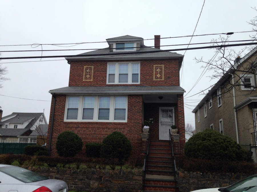 24 Lindsey St, Yonkers, NY 10704