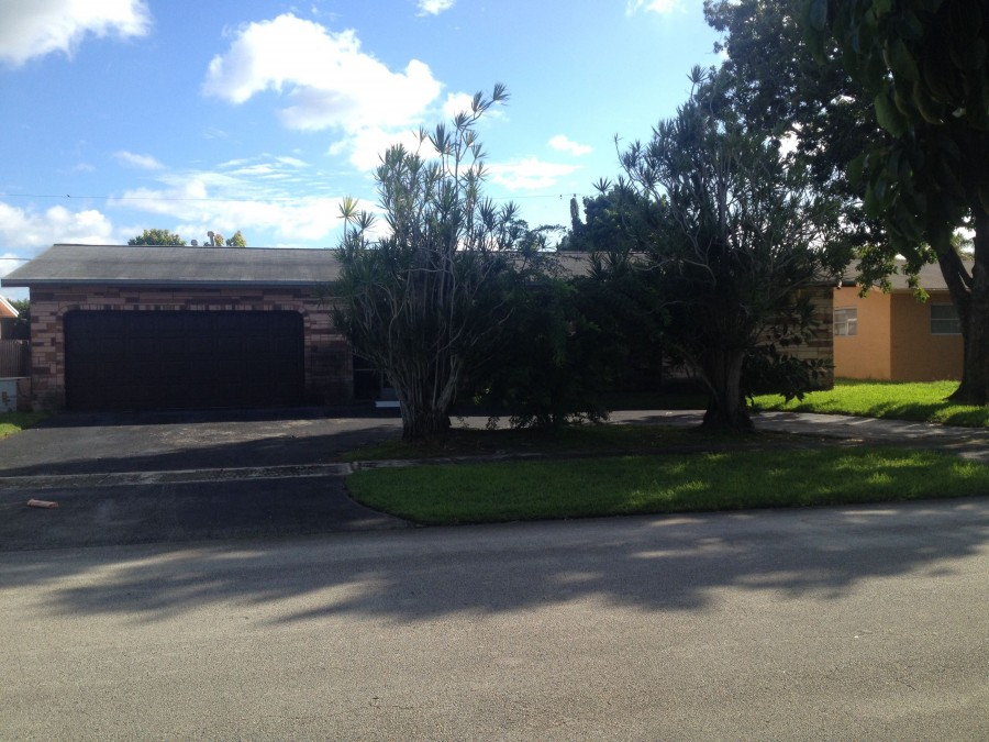 33323 foreclosures – 11920 NW 31st St, Sunrise, FL 33323