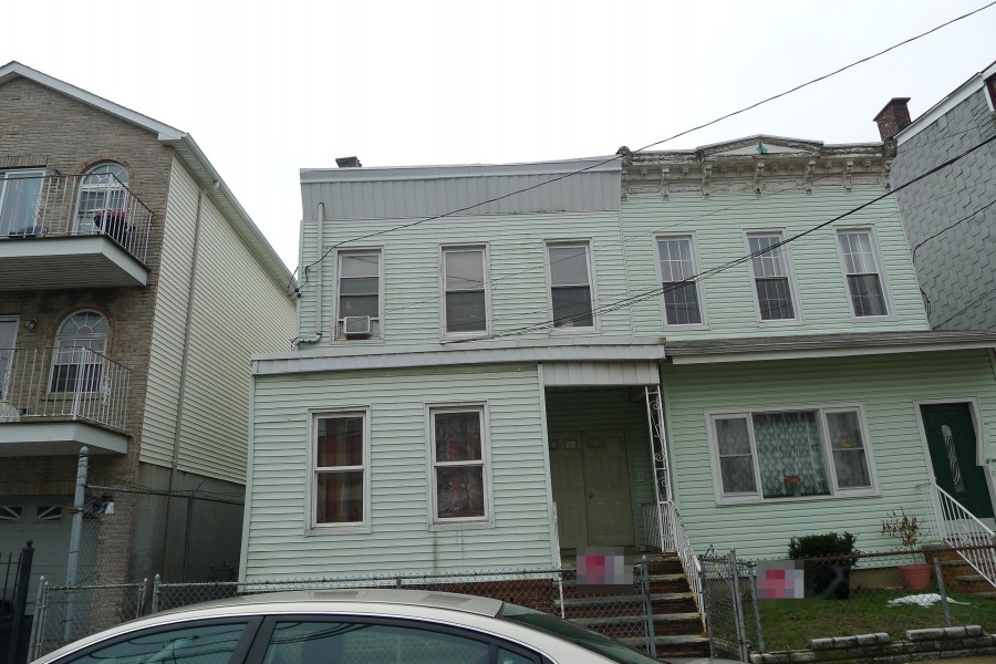 599 Bramhall Ave, Jersey City, NJ 07304