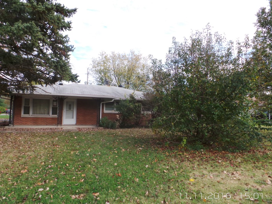 Greenwood foreclosures – 495 Howard Rd, Greenwood, IN 46142