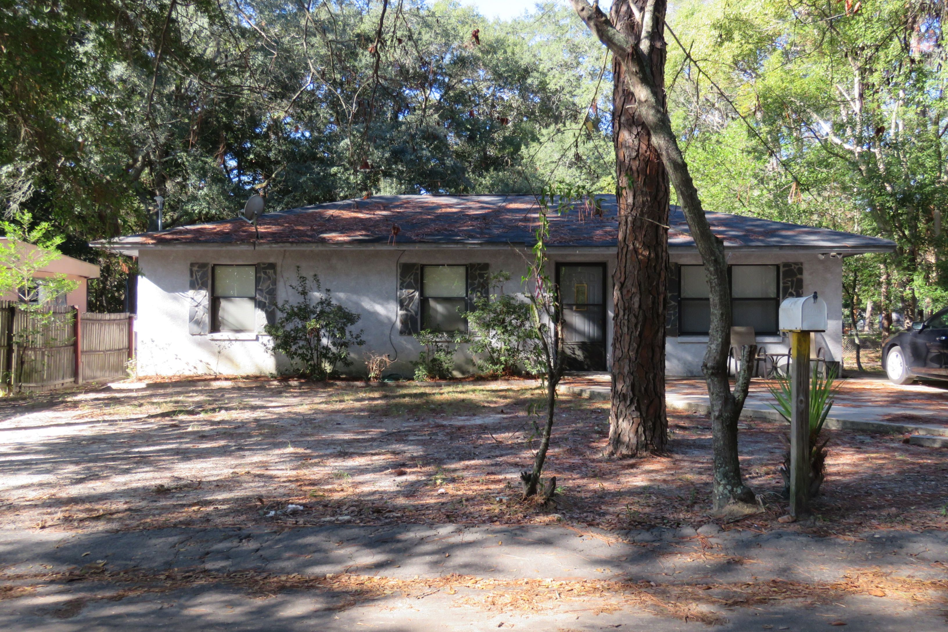 32401 foreclosures – 823 Wilson Ave, Panama City, FL 32401