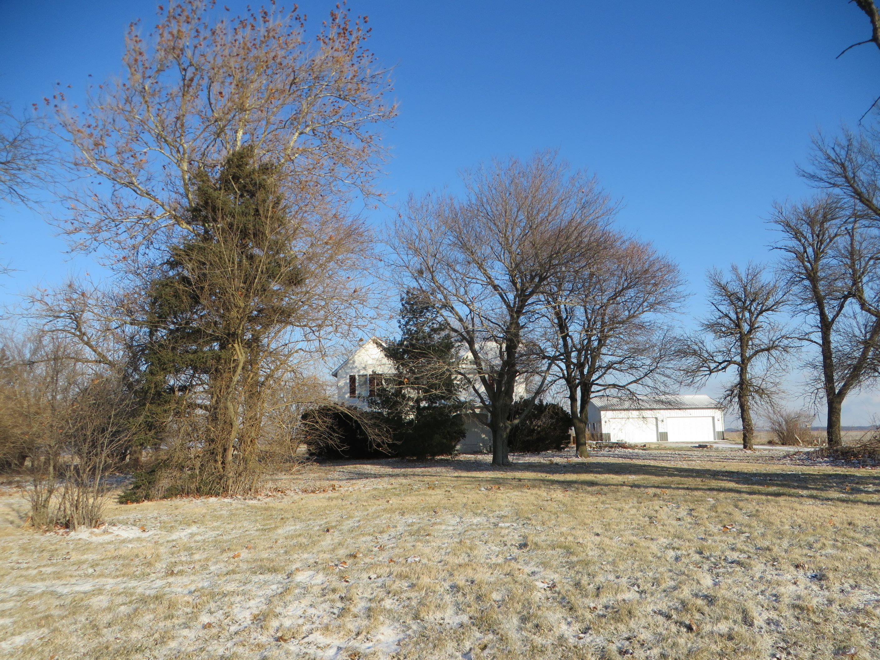 6050 E Livingston Rd, Reddick, IL 60961