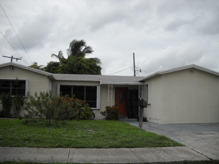 1510 S 24th Ave, Hollywood, FL 33020