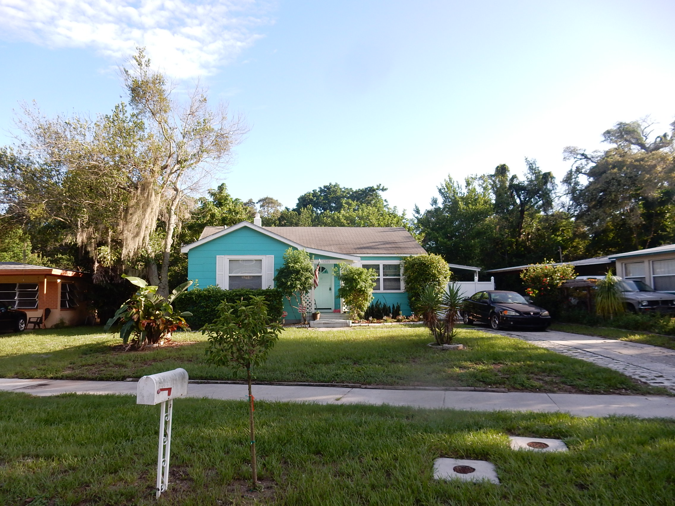1283 Woodlawn Ter, Clearwater, FL 33755
