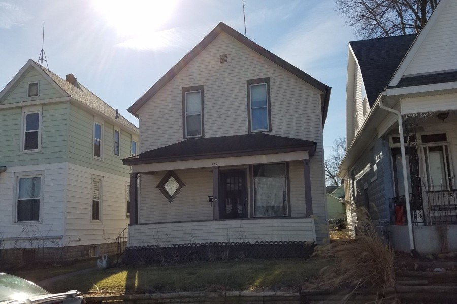437 Downing Ave, Fort Wayne, IN 46807