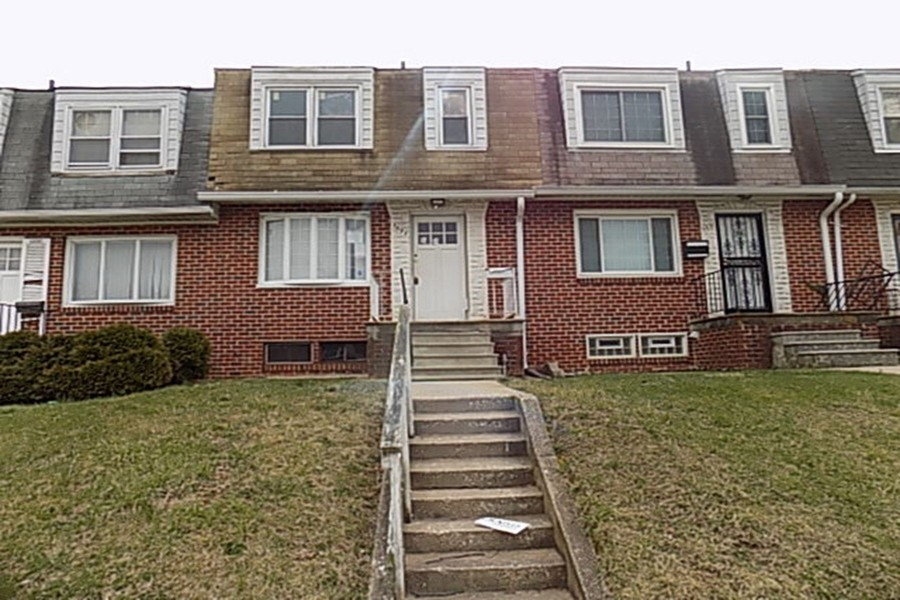 5693 Arnhem Rd, Baltimore, MD 21206