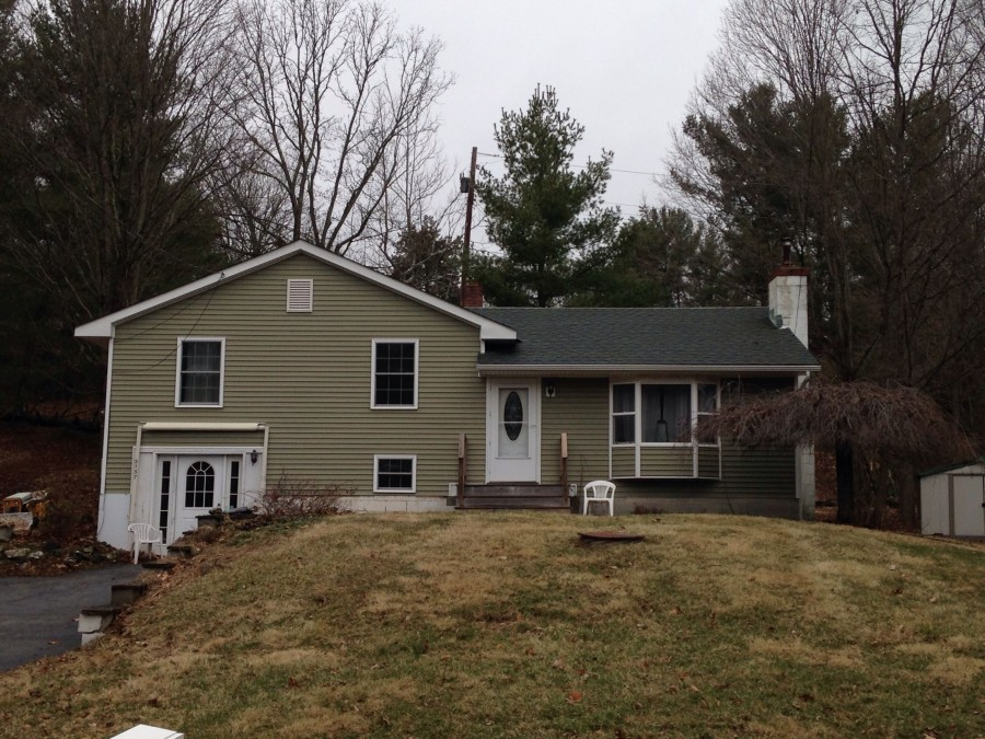 Pleasant Valley foreclosures – 2157 Route 44, Pleasant Valley, NY 12569