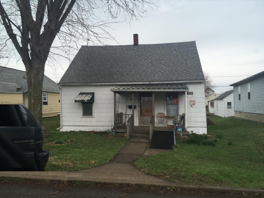 Lancaster foreclosures – 1121 E Walnut St, Lancaster, OH 43130