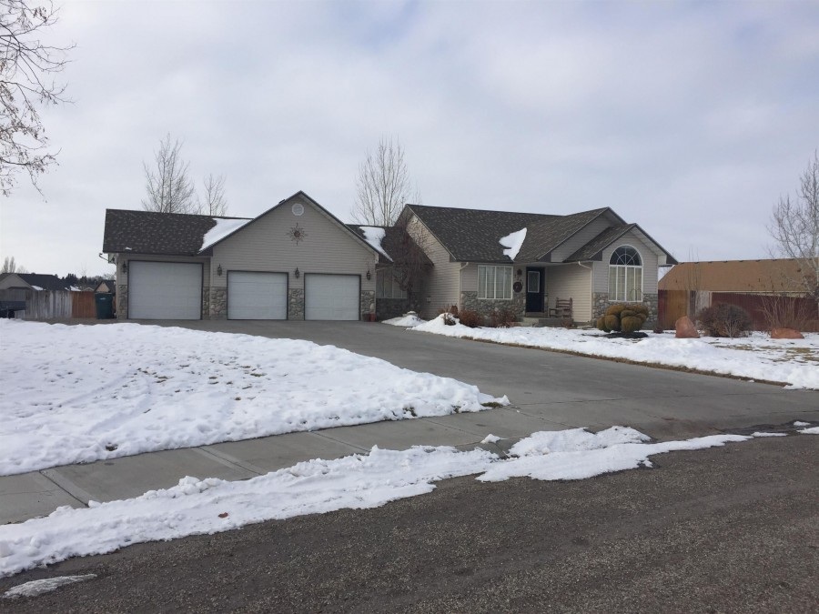1301 Casandra Way, BLACKFOOT, ID 83221