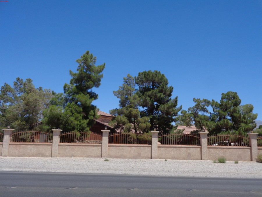 89131 foreclosures – 6670 Farm Rd, Las Vegas, NV 89131