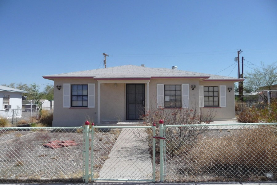 Ajo foreclosures – 121 W 2nd Ave, Ajo, AZ 85321