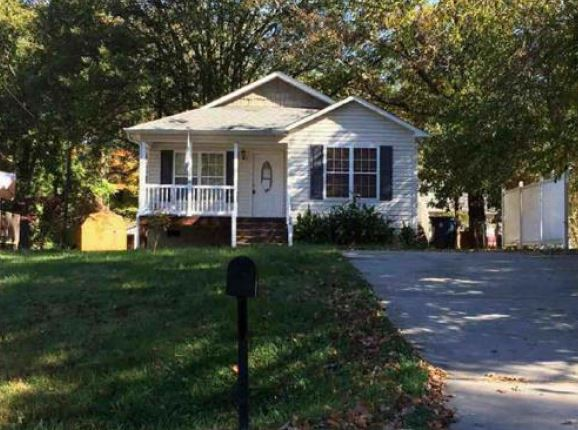 706 Mocksville Ave, Lexington, NC 27292