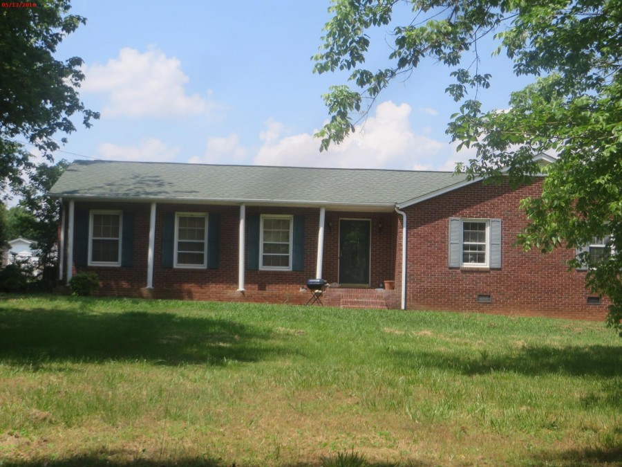 109 Friendship Dr, Bessemer City, NC 28016