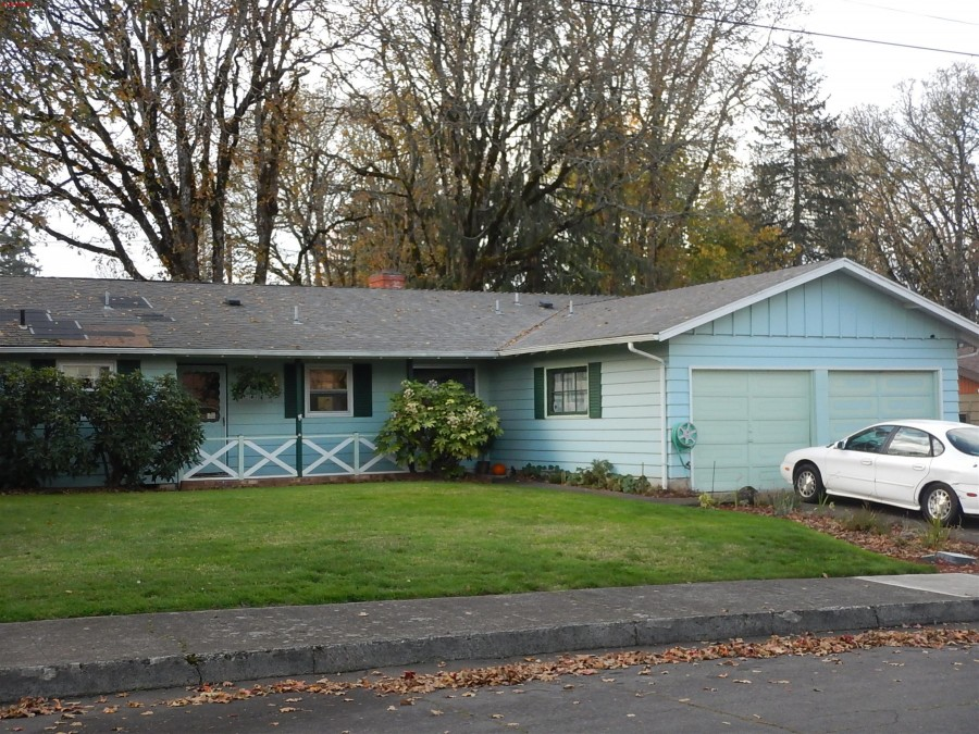 1249 14th Ave NW, Salem, OR 97304