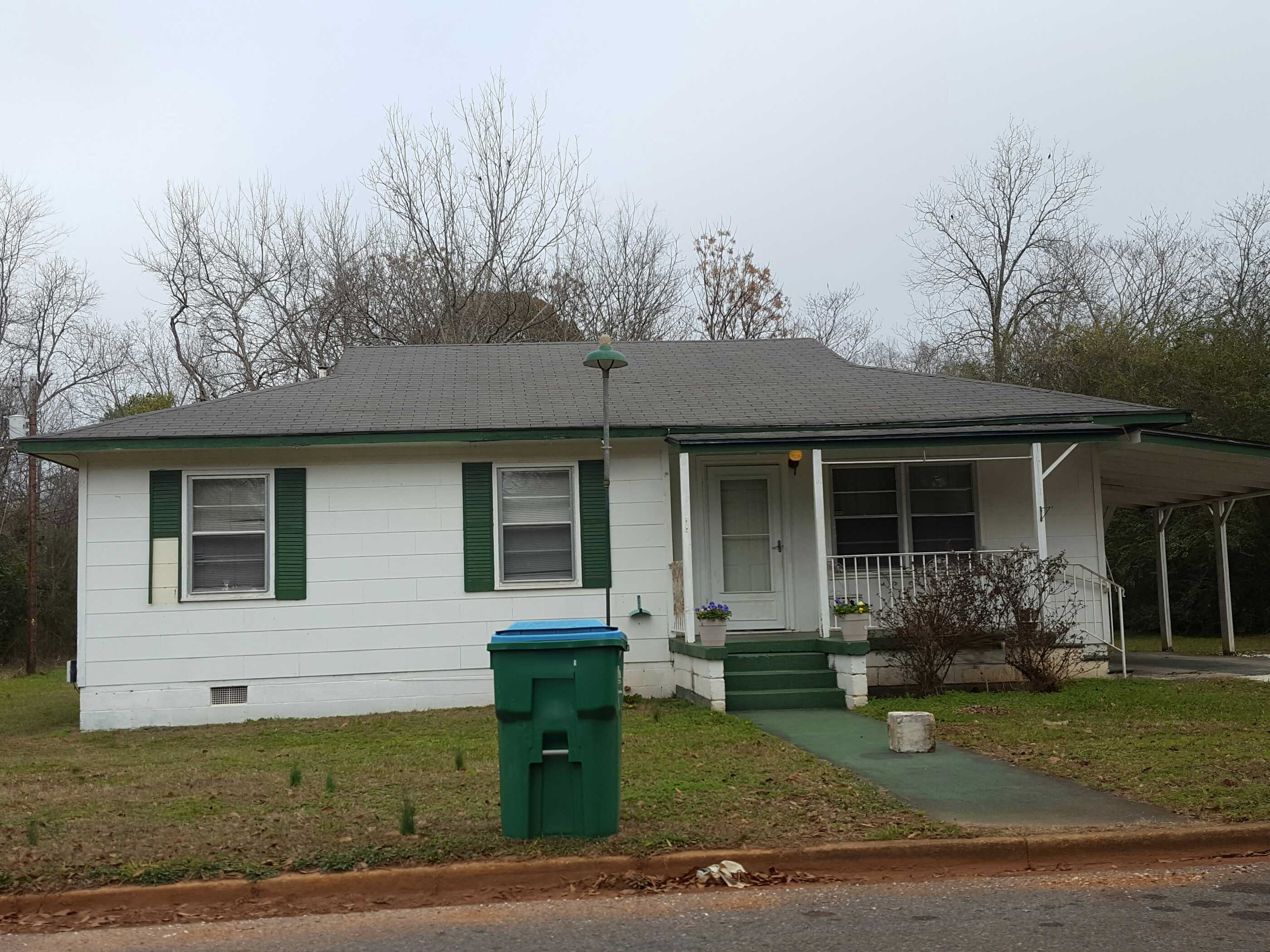 306 E 4th St, Sylacauga, AL 35150