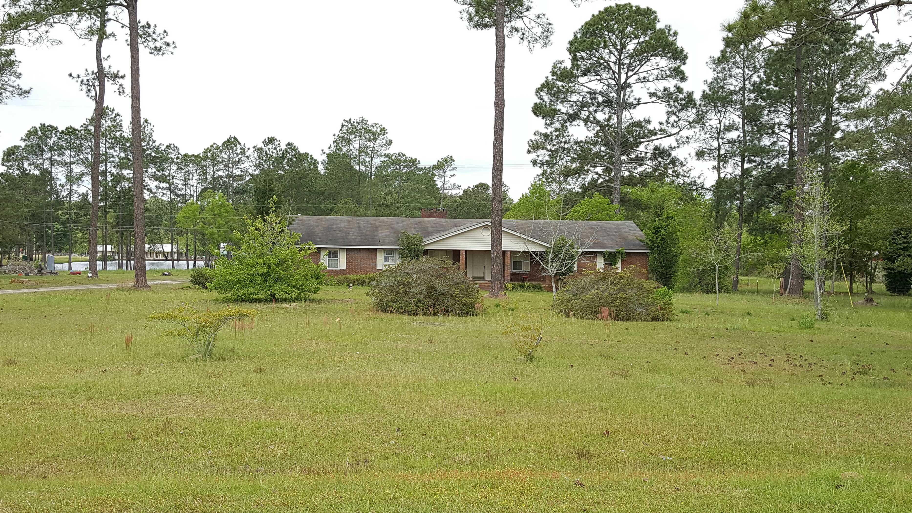 206 Tree Farm Rd, Moultrie, GA 31768
