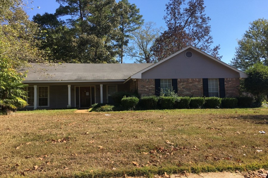 829 Eagles Nest Dr, Byram, MS 39272