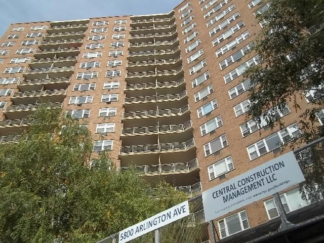 Bronx County foreclosures – 5800 Arlington Ave, Bronx, NY 10471