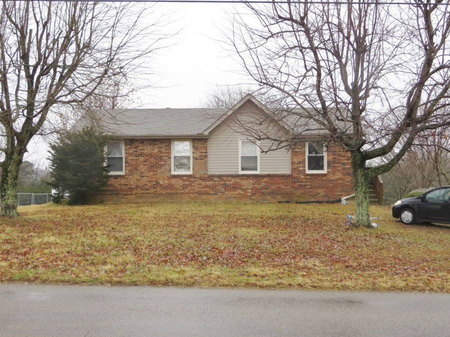 37188 foreclosures – 847 N Palmers Chapel Rd, White House, TN 37188