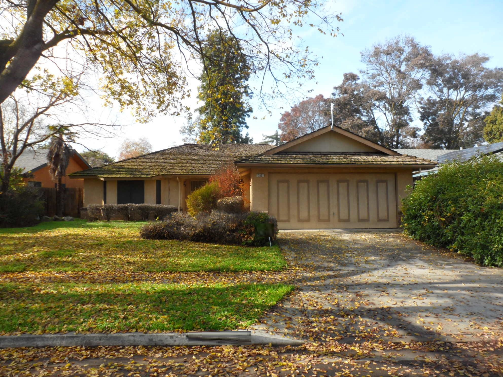 317 N Claremont Ave, Fresno, CA 93727