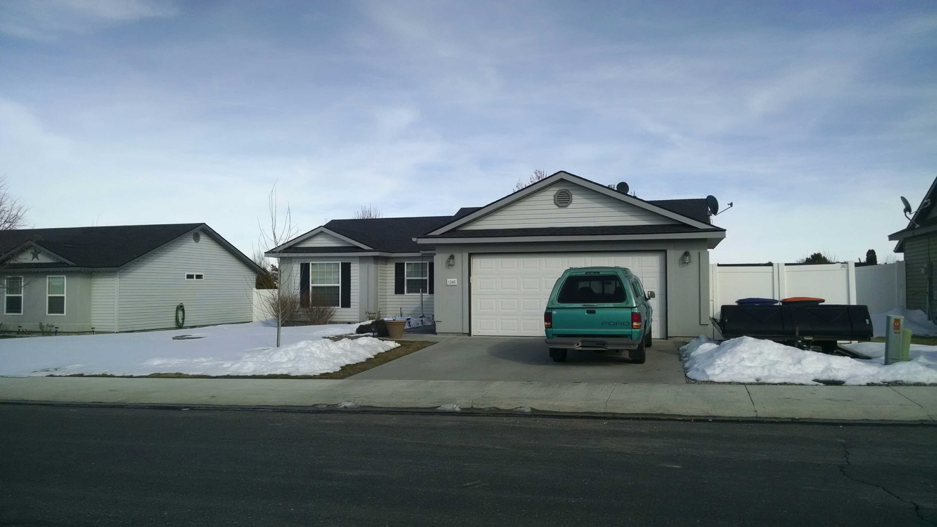 1245 Golden Pheasant Dr, Twin Falls, ID 83301