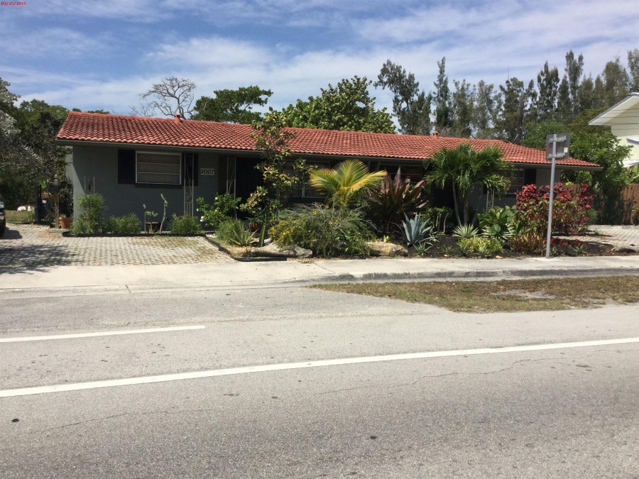 33303 foreclosures – 2007 Ne 15th Ave, Wilton Manors, FL 33305