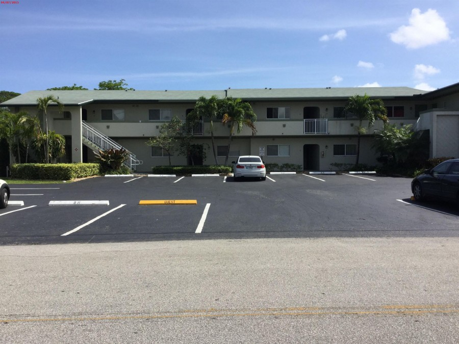 33310 foreclosures – 578 NE 20th St, Wilton Manors, FL 33305