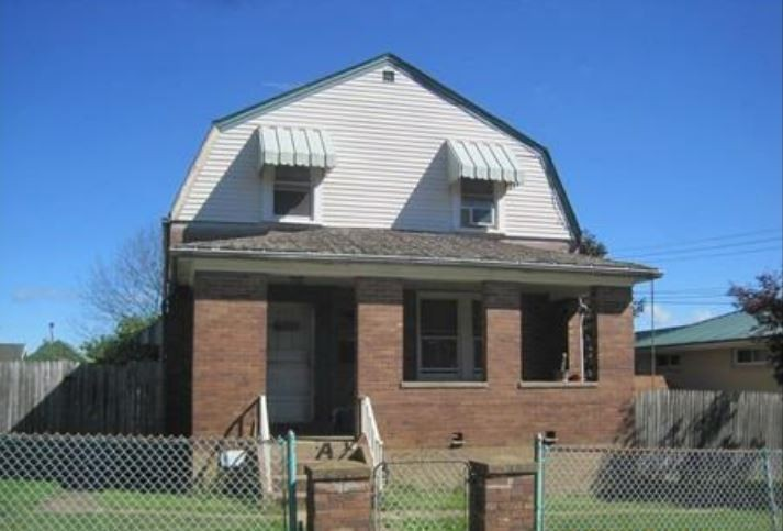 1117 McElhinny Ave, Pittsburgh, PA 15207