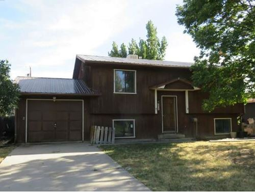 215 E Raven Ave, Rangely, CO 81648