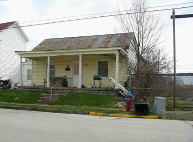 422 Center St, Maysville, KY 41056