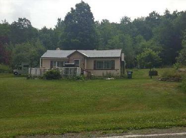 964 Mill Creek Rd, Newfoundland, PA 18445