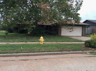 510 W Carson Dr, Mustang, OK 73064