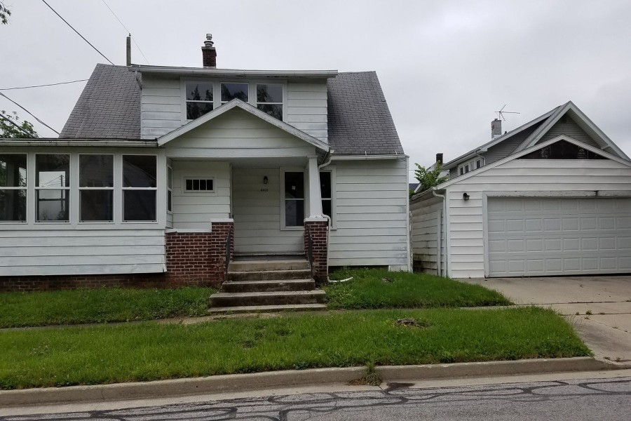 4412 S Harrison St, Fort Wayne, IN 46807