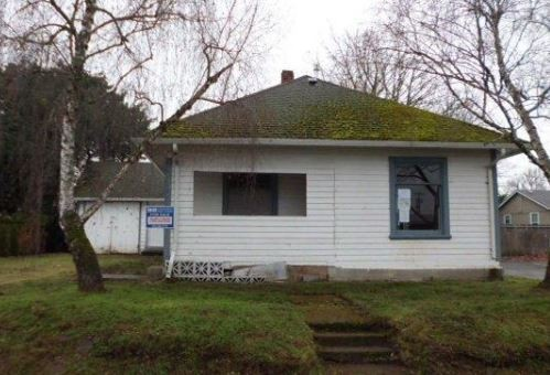 411 S Swiegle Ave, Molalla, OR 97038