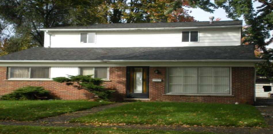 29427 Shirley Ave, Madison Heights, MI 48071