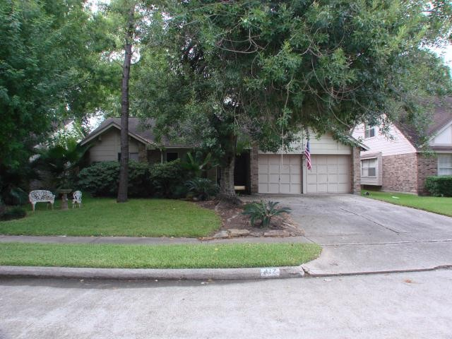 417 Forest Hills, LEAGUE CITY, TX 77573