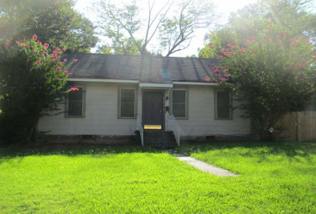 3046 Downing St, Jackson, MS 39216
