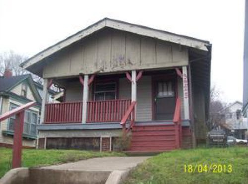 3825 King Hill Ave, St Joseph, MO 64504