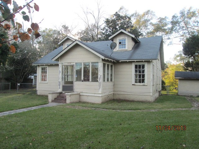 2616 N 5th Ave, Laurel, MS 39440